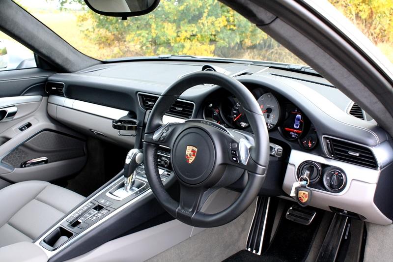 Porsche 991 C2 S 3.8 PDK Coupe